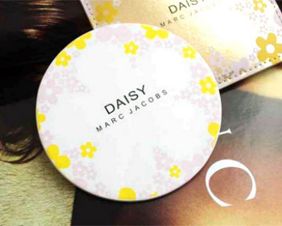 Marc Jacobs Daisy Make Up Mirror