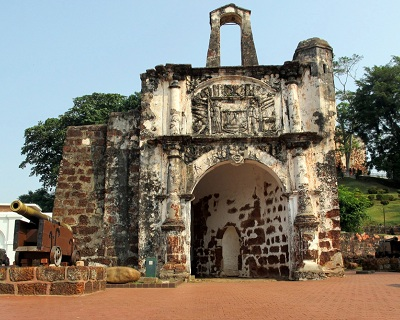 HISTORICAL MALACCA: $55 per pax for 1-Day Trip to Honey Bee Shop & Baba...