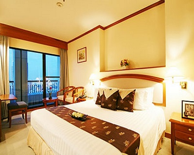 Bangkok, Thailand : $188 per pax for 4D3N stay at 4-star Grand Diamond Suit...