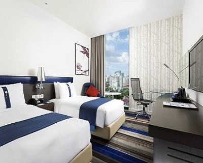 Bangkok, Thailand : $248 per pax for 4D3N stay at Holiday Inn Express BKK S...