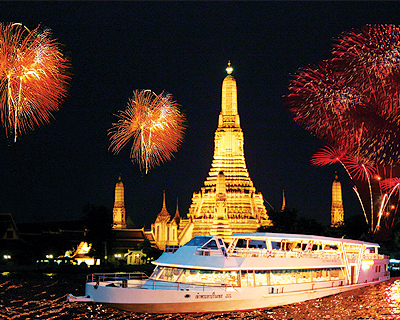Chao Phraya River Cruise + Buffet Dinner