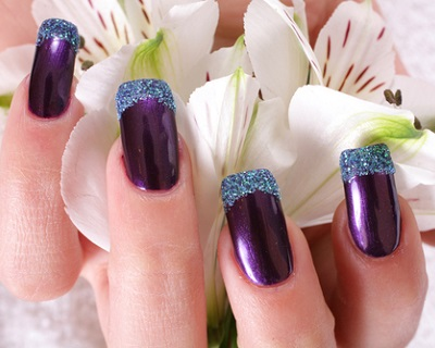 $20 for a Classic Gel Manicure with 2 Tone OR Glitter Tip + Hand & Foot Mas...