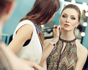 Make Up Artist Online Accredited Course
